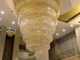 大型酒店复式楼梯间水晶吊灯定制厂家铭星灯饰专业定制