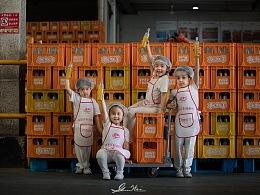 北冰洋工厂里的小小工人