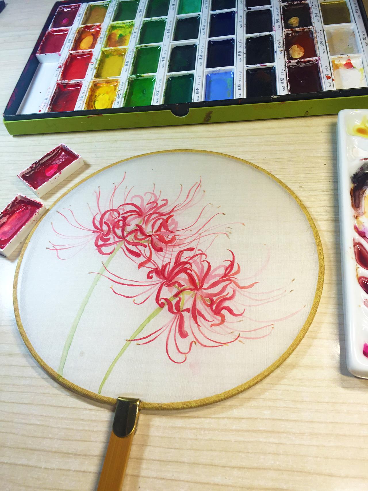 水彩手绘--扇子(彼岸花)