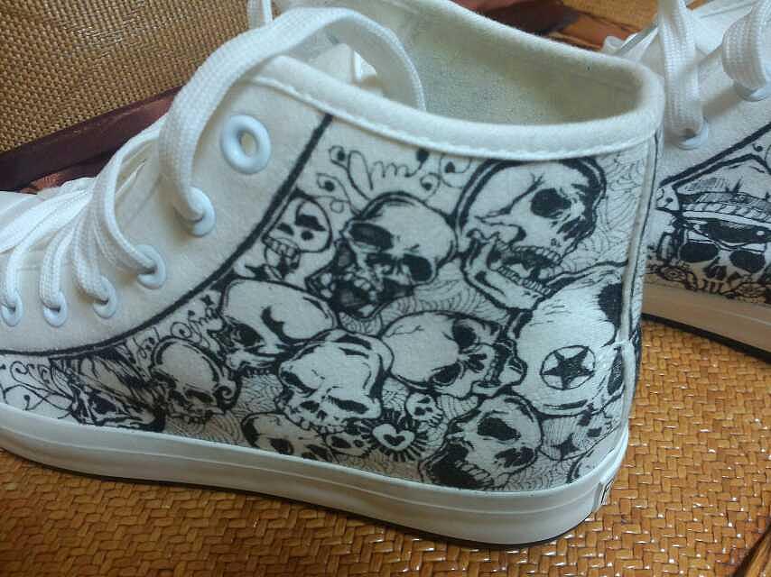 手绘帆布鞋|服装|鞋类|markfour - 原创作品 - 站酷