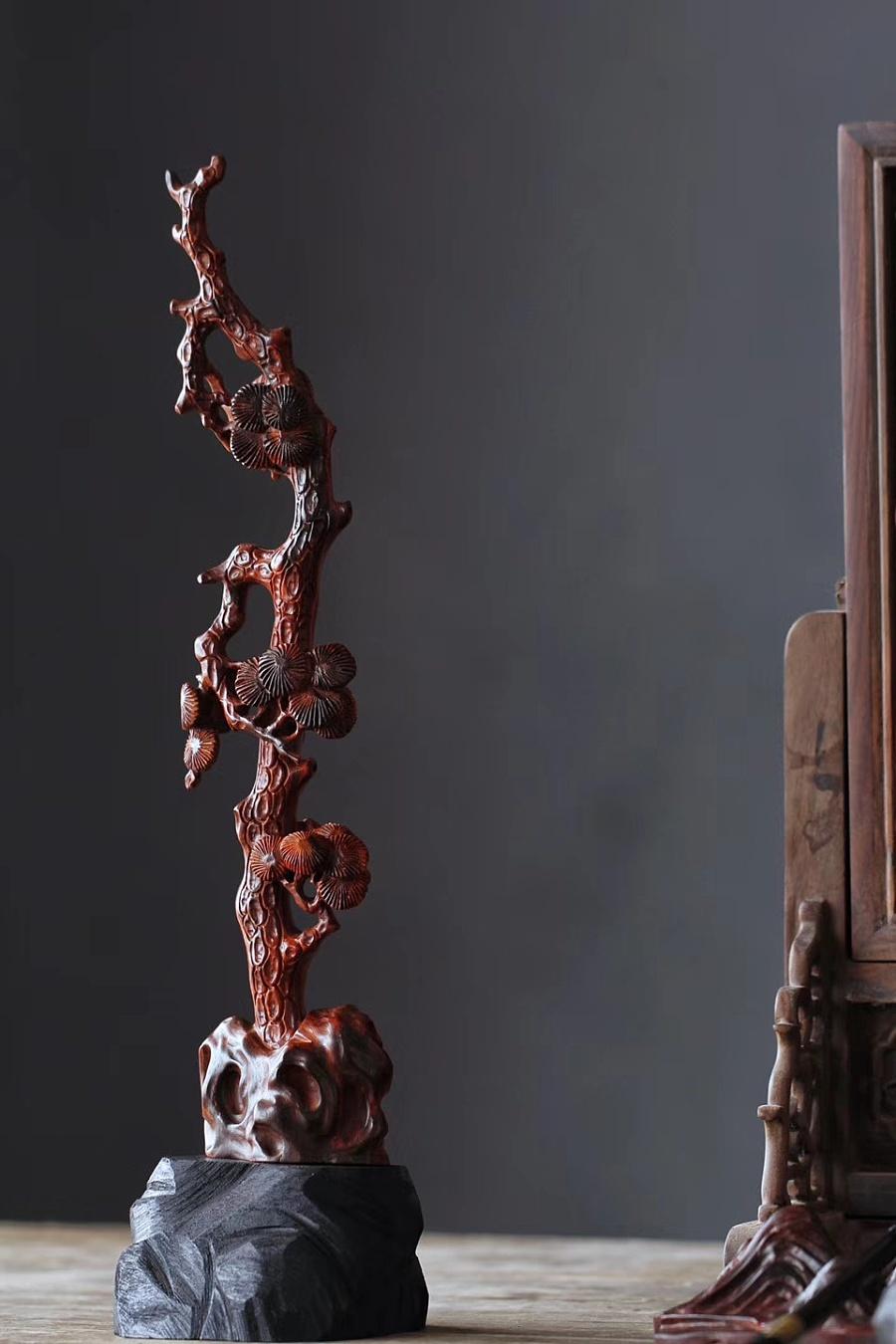 查看《松树笔挂》原图,原图尺寸:960x1440