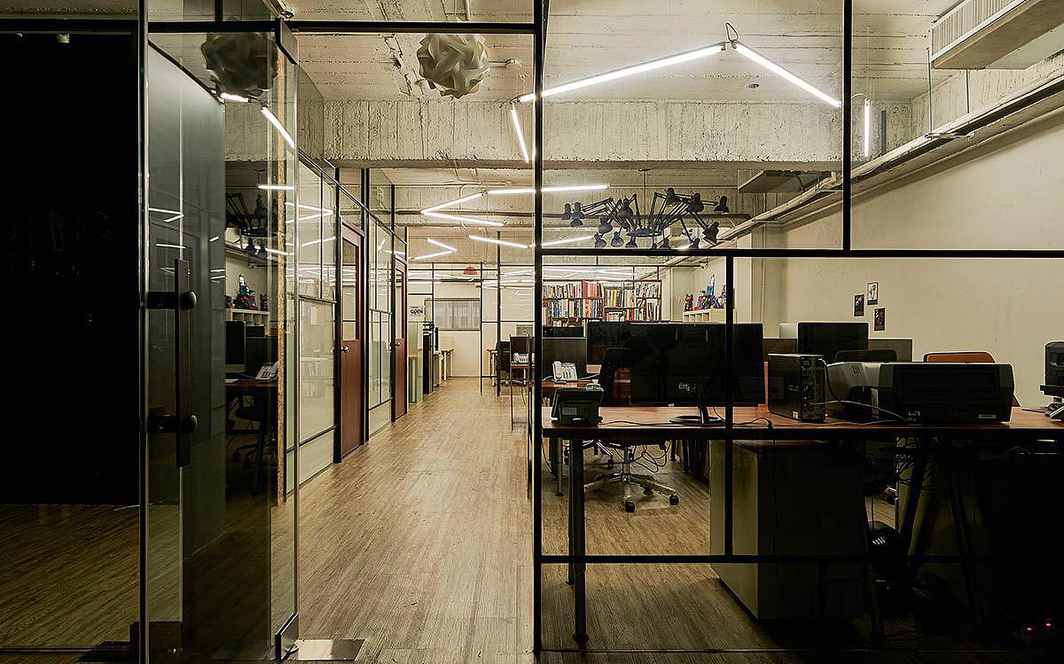 郑州个性工业风办公室装修设计案例-个人工作
