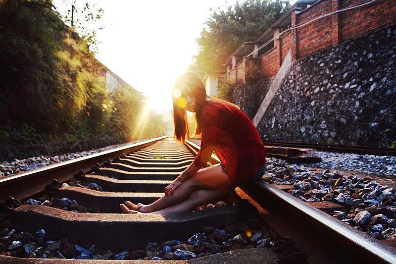 梦到火车没在轨道上跑