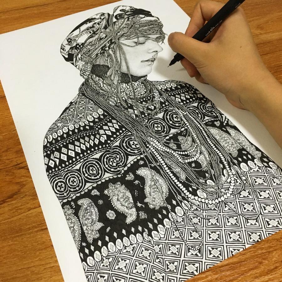 绘画点线面女生笔 同学习作 针管 吴红真性格女孩插画烈图片