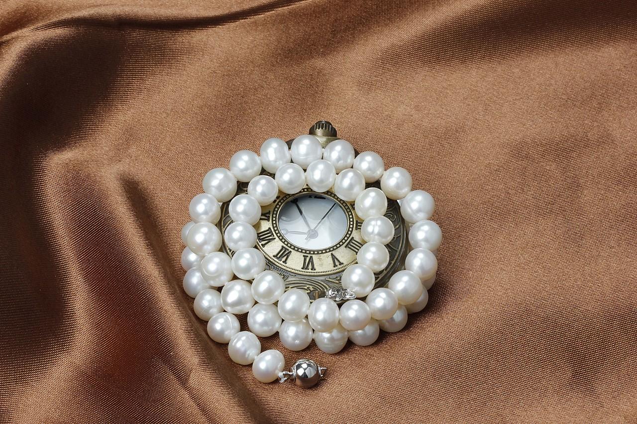 珍珠珠宝摄影图