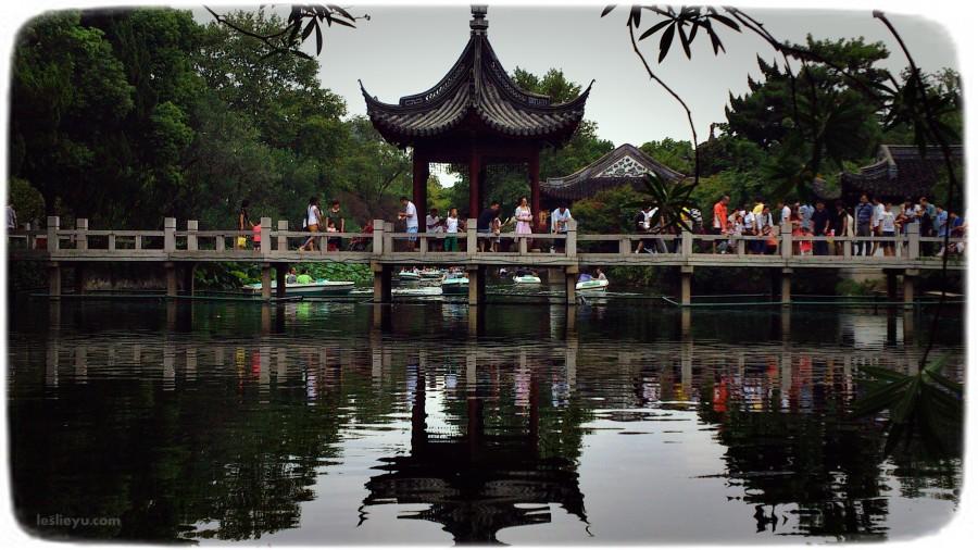 查看《楼台-亭榭-流水-石桥》原图,原图尺寸:4000x2249