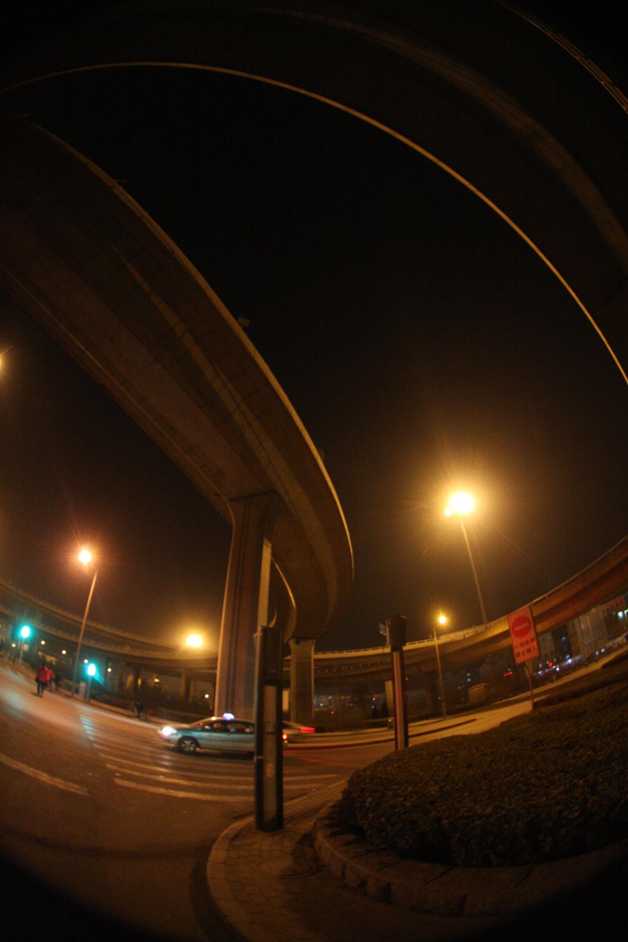 天津一桥上发生车祸 事故导致交通缓行_大燕网天津站_腾讯网