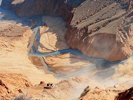 奔放的峡谷