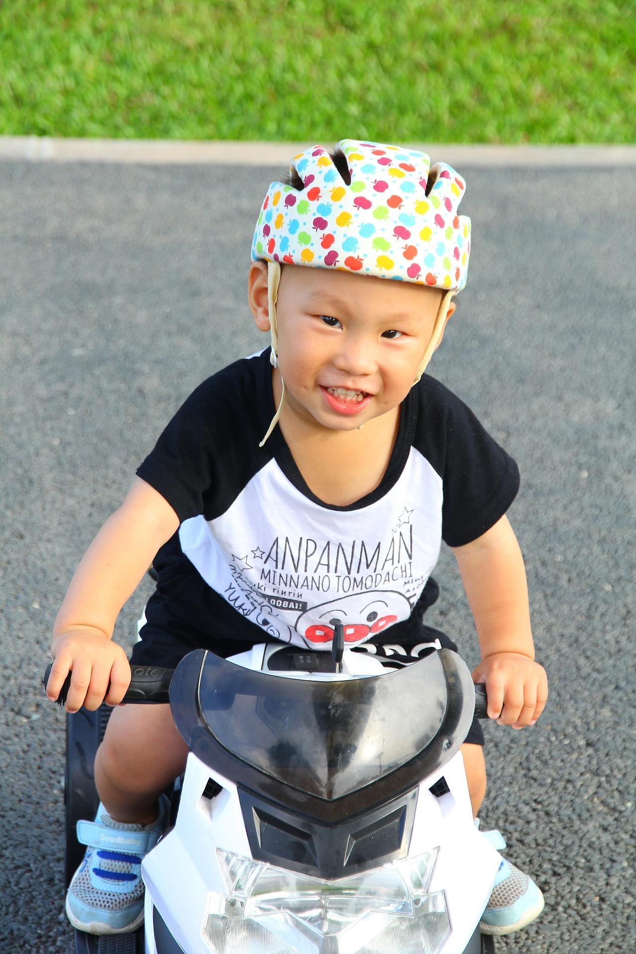 宝宝拍照造型_17M 机车男孩 | 李皮皮|摄影|人像|怕冷的月饼 - 原创作品 - 站酷 (ZCOOL)