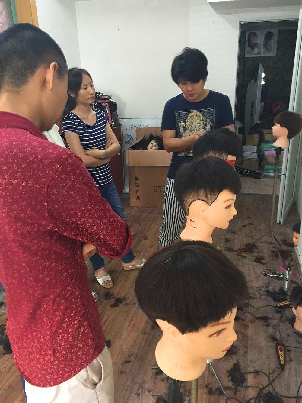 重庆专业美发学校 重庆最好的美发培训学校 美发师进修学校图片