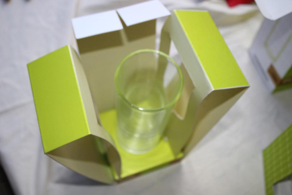 """毕业设计——""""漫生活""""玻璃杯系列化包装设计图片"""