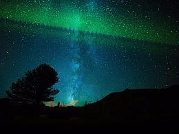 银河星空照片加北极光