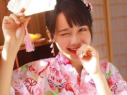 「 春 の 桜 花 少 女 」