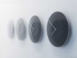 DUSK - A clock that frames the sky