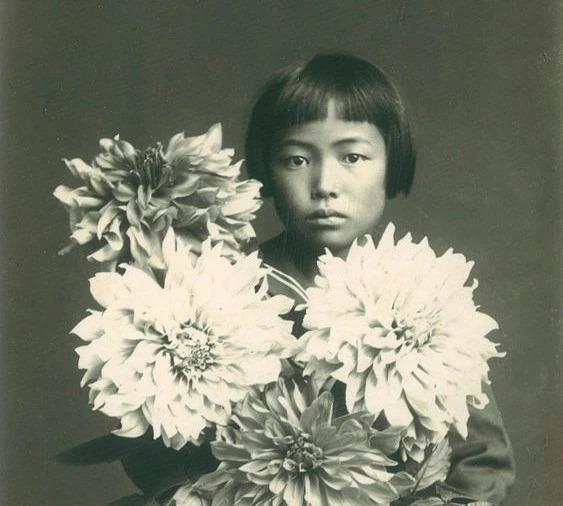 用一篇文章,帮你读懂日本艺术家草间弥生
