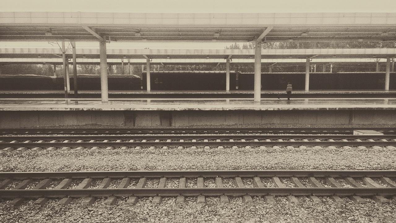 车站 萨克斯f调简谱