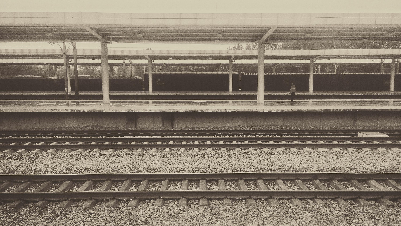 车站手绘图色彩