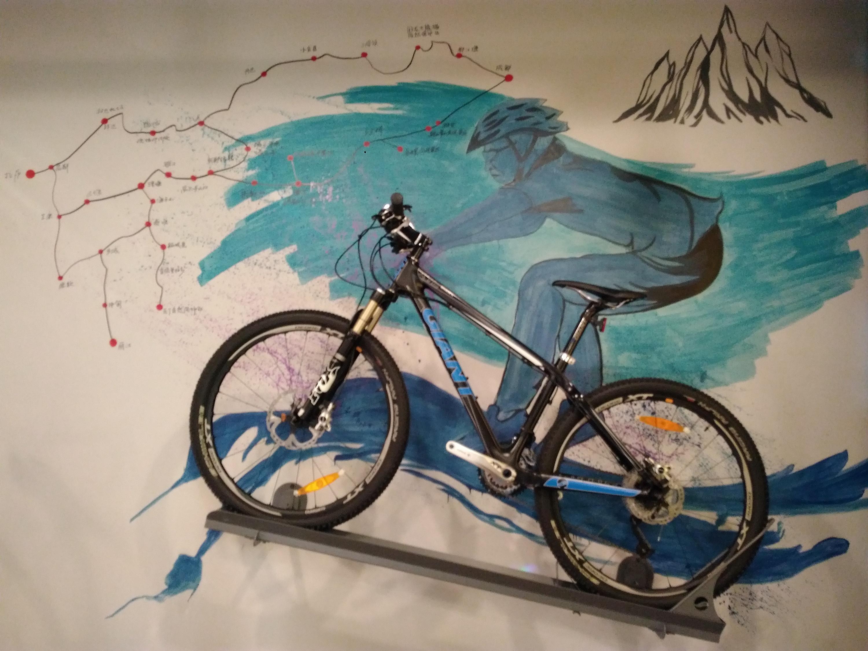 单车and手绘创意|其他|墙绘/立体画|许继雷彩绘雕塑