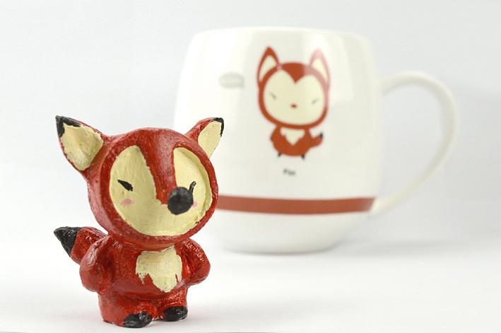 小动物泥塑与其形象的早餐杯