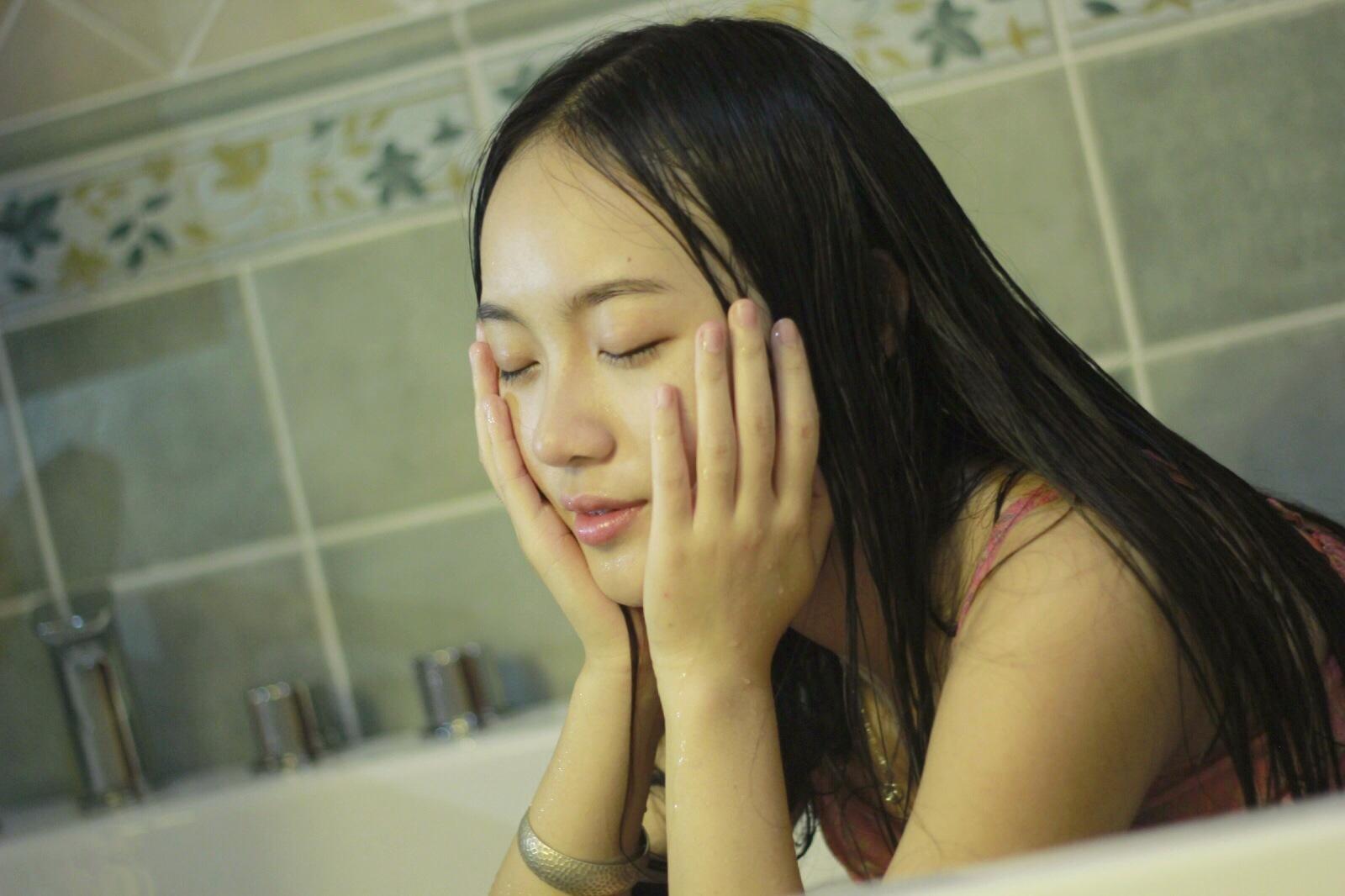 先锋伦理亚洲情色制服丝袜三级电影_稻川夏目电影在线观看