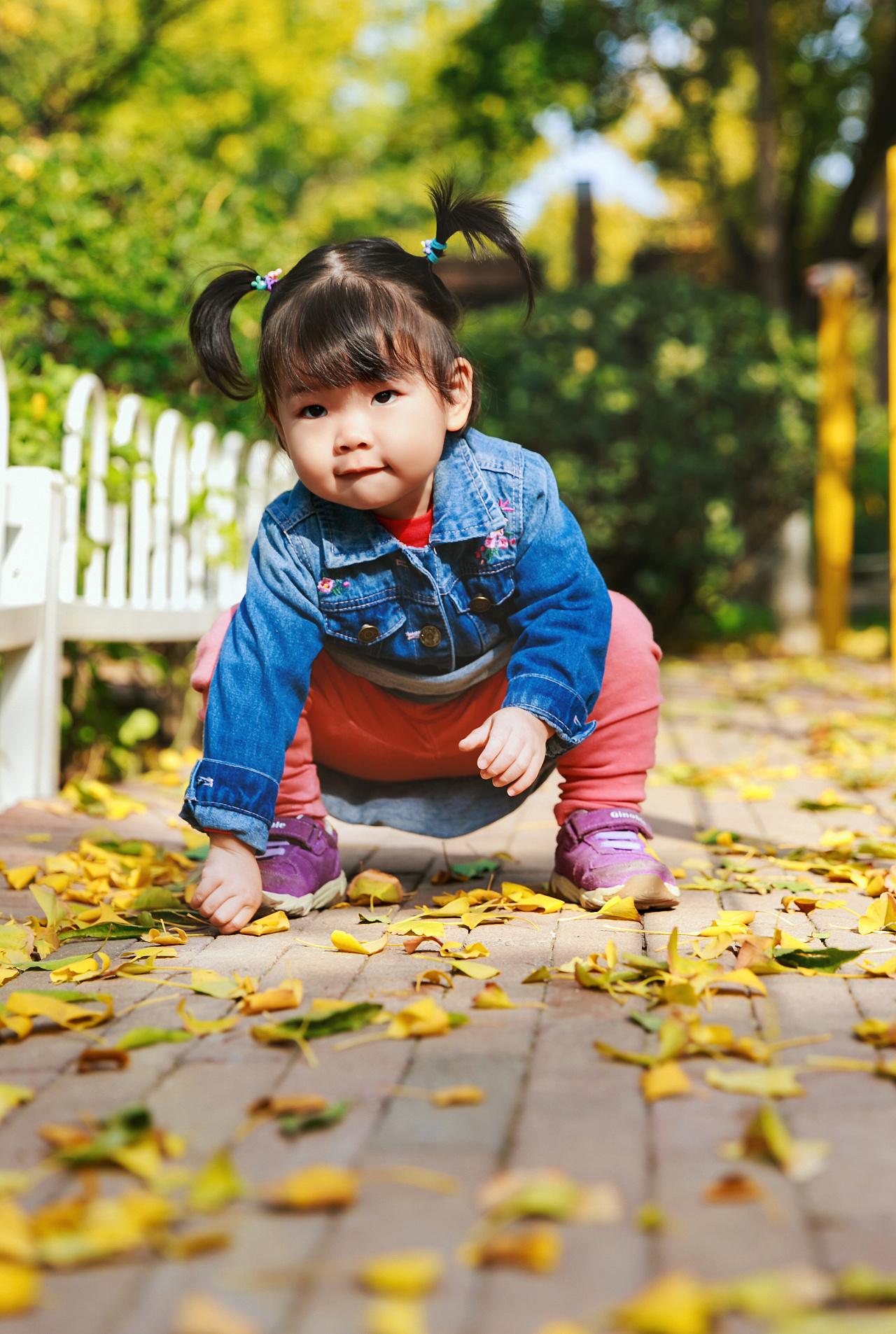 儿童巧手绘秋色