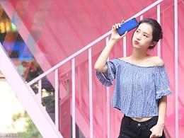 华为荣耀8C手机外景模特拍摄