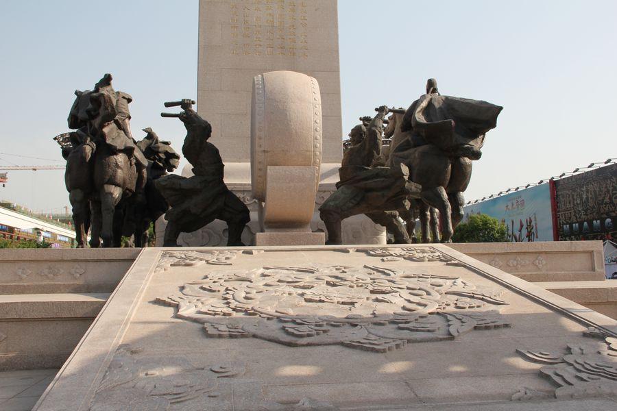 大雁塔广场的城市雕塑|风光|摄影|digger_deng - 原创