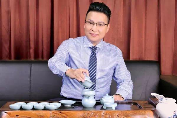 张启明张老师雄九集团董事长|人像|摄影|wees甜