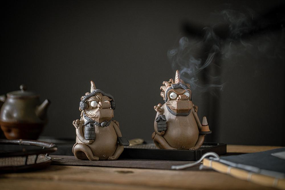 手工捏的陶艺_器十二原创景德镇手工捏雕陶瓷 吃鸡貔貅 茶宠香插摆件|手工艺 ...