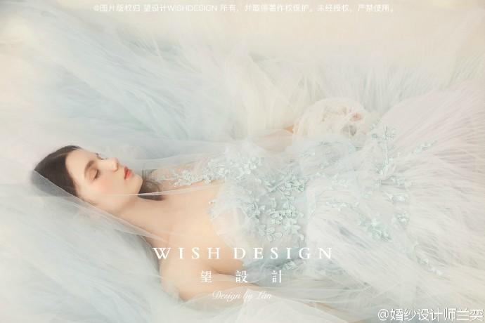 查看《莉吉雅的舞剧,婚纱设计师兰奕2017挚爱系列》原图,原图尺寸:690x460