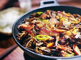 干锅腊肉茶树菇 | 味蕾时光