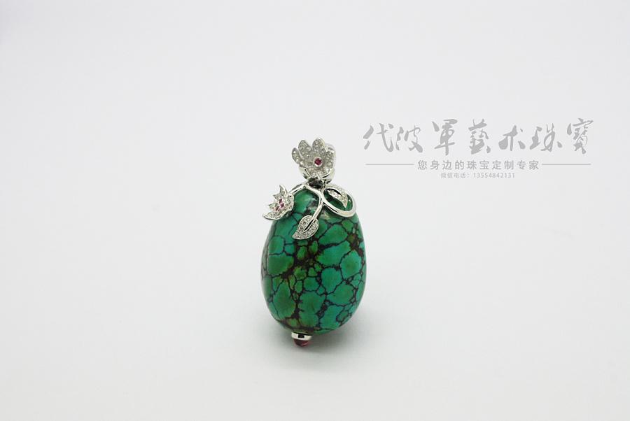 查看《代波军艺术珠宝定制----   一件绿松美丽一个女人作品欣赏》原图,原图尺寸:1200x803