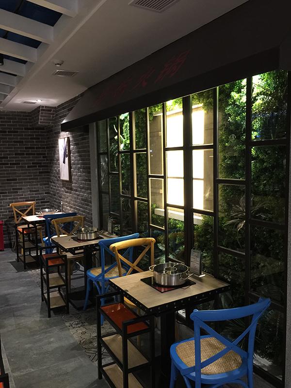 深圳野妹火锅店室内餐厅装修设计(龙华店)土特产包装设计的构图图片