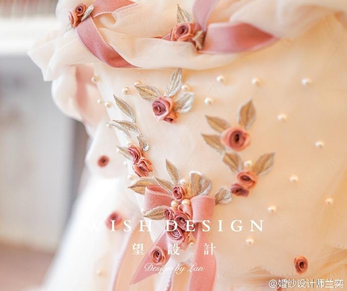 查看《婚纱也可以很少女,兰奕的小玫瑰》原图,原图尺寸:690x579
