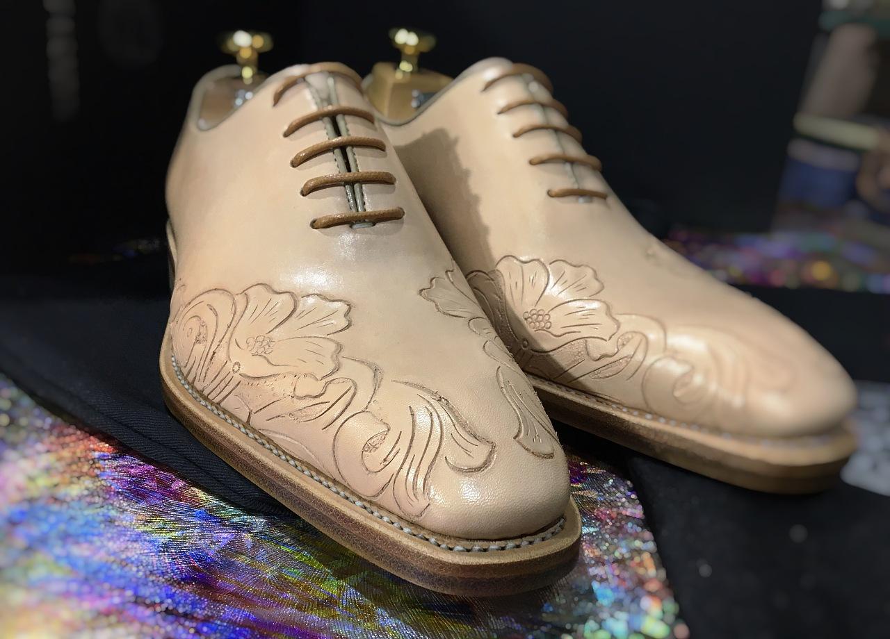 手工定制 牛皮男人的地毯鞋