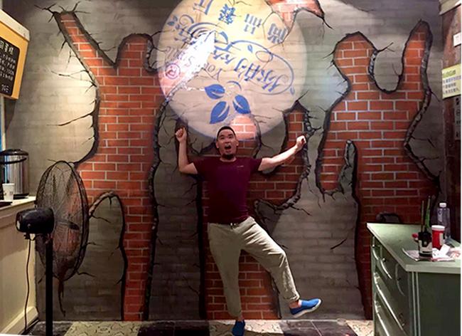 无锡茂业你的笑颜餐厅墙体彩绘