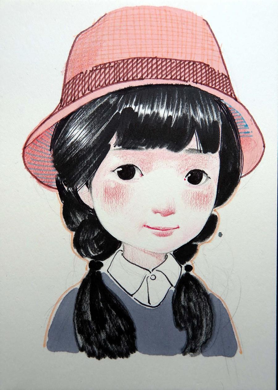 有手绘图案的帽子