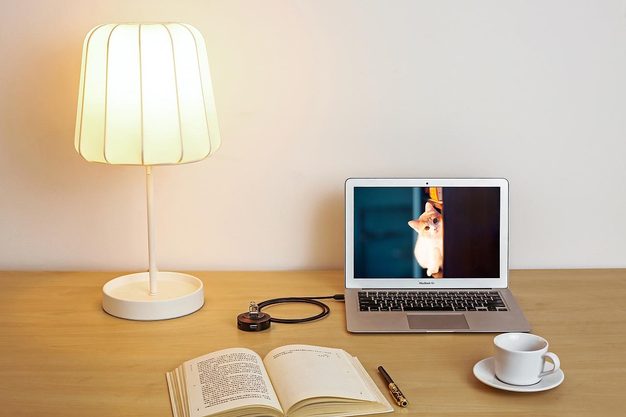 台灯产品效果图手绘