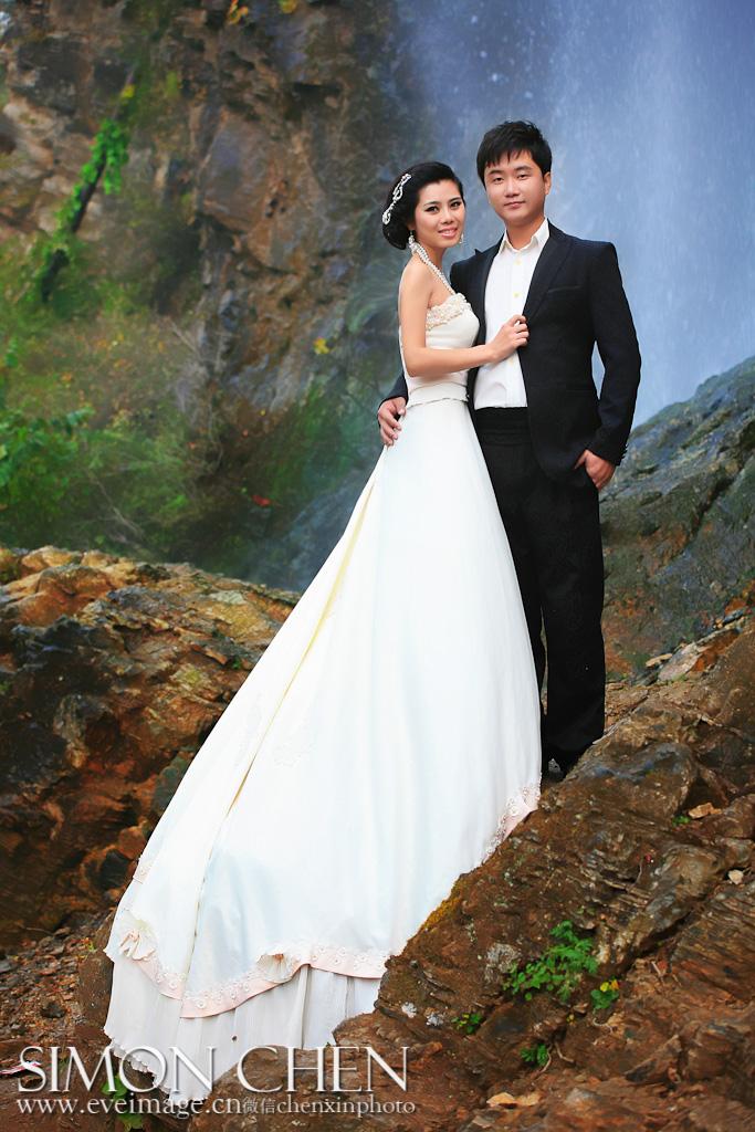 查看《婚纱摄影-伊视觉作品摄影师陈昕》原图,原图尺寸:683x1024