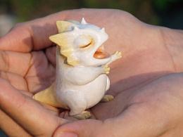 候鸟陶作品| 穿越童话的三角龙星人