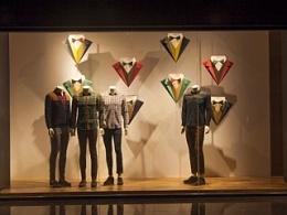 最美橱窗-纸艺-橱窗衬衫道具展示设计制作