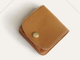 KOUTEN纯手工设计/意大利小麦色胎牛短钱夹