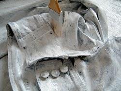 废旧衣物做的装饰品
