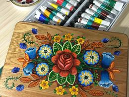 彩绘小木凳