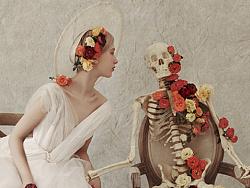 万圣节的婚纱照拍出来是这样的,难道是相机被附身了么