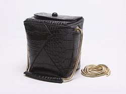【摩登配品】鳄鱼纹金属链条MiNi方型筒包手提斜跨包