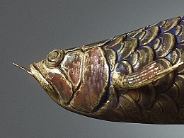 铜胎珐琅龙鱼