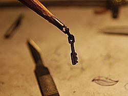 看到ZCOOL有个用铅笔尖做雕刻的自己也尝试了一下