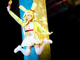 棒棒糖工厂Rin 跳得比飞得高