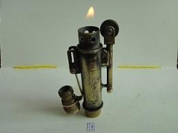 手工制作一只面目全非的打火机